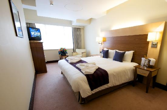 Princess St. Hotel: Premier King Room