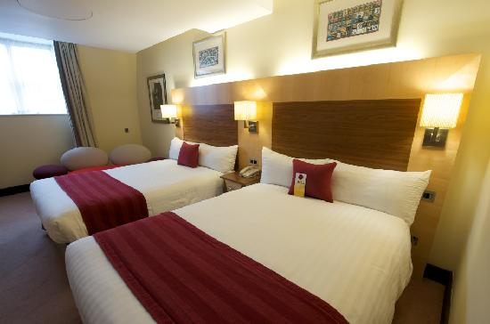 Arora Hotel Manchester: Superior Double Double Room