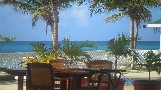 Anguilla Great House Beach Resort: Overlooking the ocean and the pool at lunch