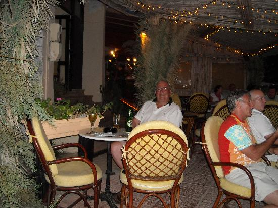 Sissi, Greece: Happy Punters