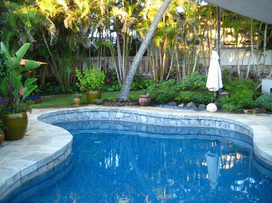 Lanikai Beach Rentals LLC : The pool