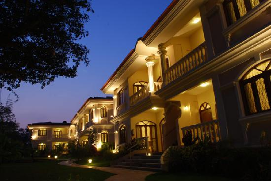 Hacienda de Goa Resort at night