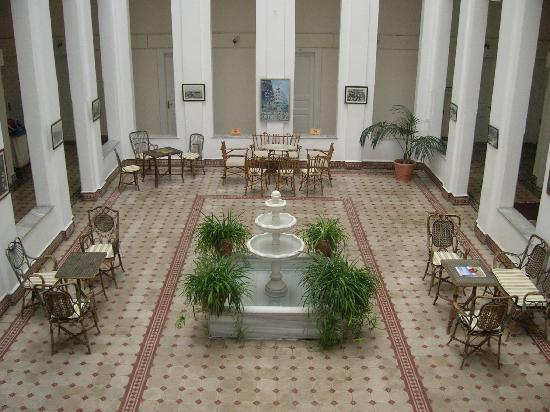 Splendid Palace Hotel : Central atrium