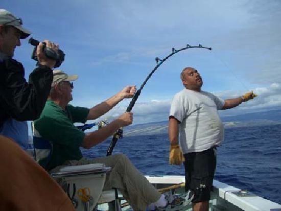 Deep sea fishing kauai picture of deep sea fishing kauai for Fishing in kauai