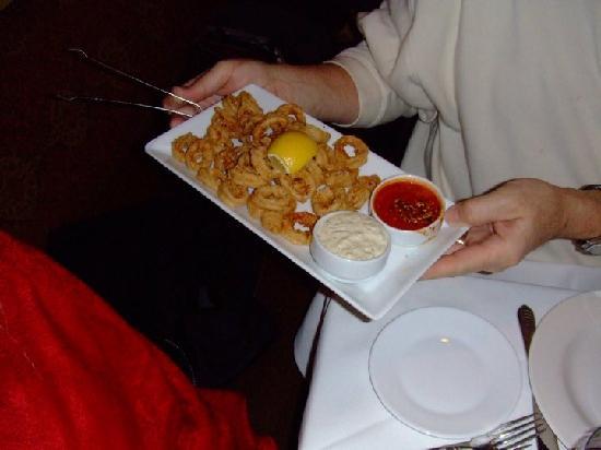 Ruvo Restaurant East: calamari
