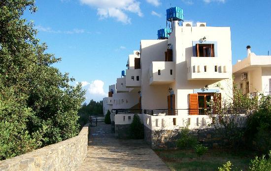 Manos Apartments: Back Block