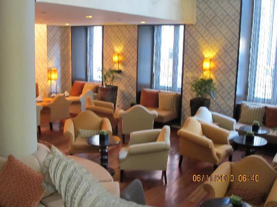 Heritage Avenida Liberdade Hotel : hall and breakfast