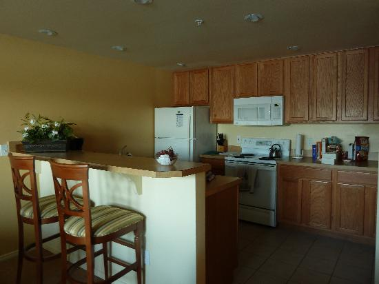WorldMark Discovery Bay: kitchen