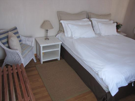 Sandfields Guesthouse: Rooms