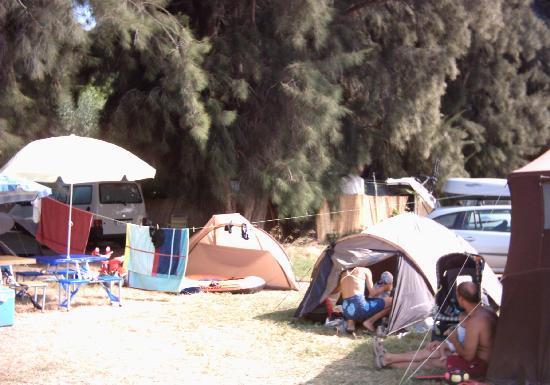 Camping Malvarrosa de Corinto: Zona camping libre