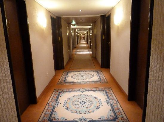 Maritim Hotel Bonn: Flur