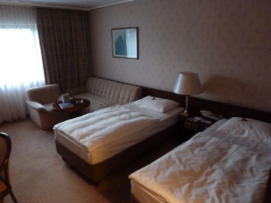 Maritim Hotel Bonn : Zimmer