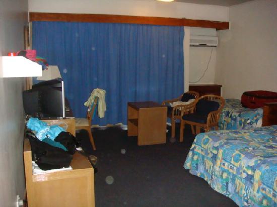 Solomon Kitano Mendana Hotel: my 3rd room!