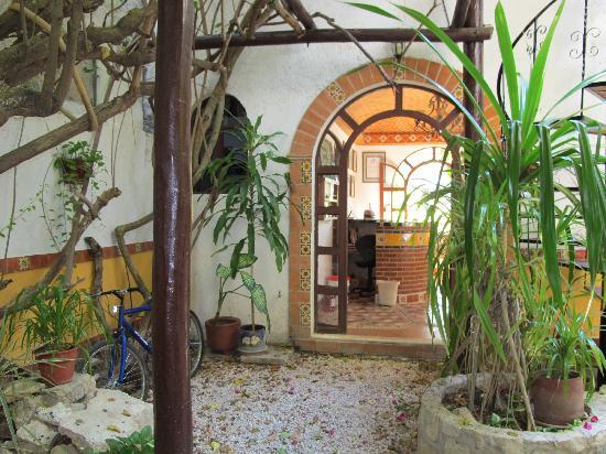 Paraiso Azul's -Casa De Gopala: Reception