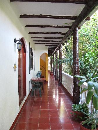 Paraiso Azul's -Casa De Gopala: Veranda