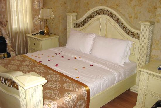 White House Hotel Istanbul: Room 402