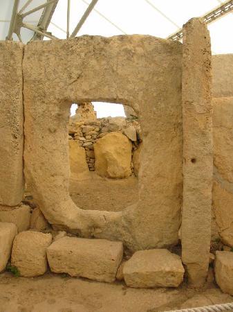 Hagar Qim Temples: Porte restaurée (2010)
