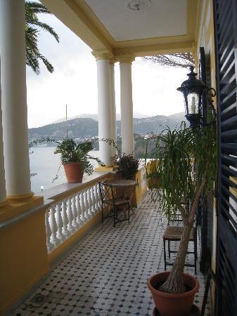 Villa Terrazza, balcony(2) - Picture of Villa Terrazza, Sorrento ...