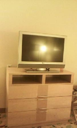 Radisson Hotel Yuma: Large Flat Screen TV,