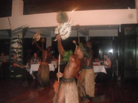 The Pearl Resort: Special entertainment night at the Mantarae - excellent