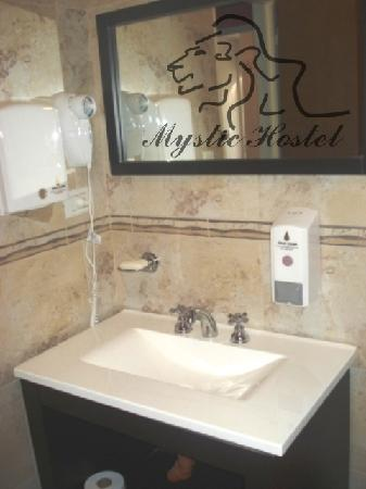 Mystic House Hostel Boutique: BAÑO2