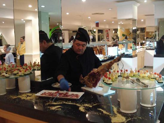Iberostar Ciudad Blanca: one of the head chefs