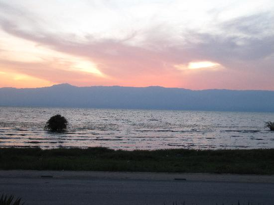Hotel Residence Ubuntu : Vista del Lago Tanganyka desde el hotel
