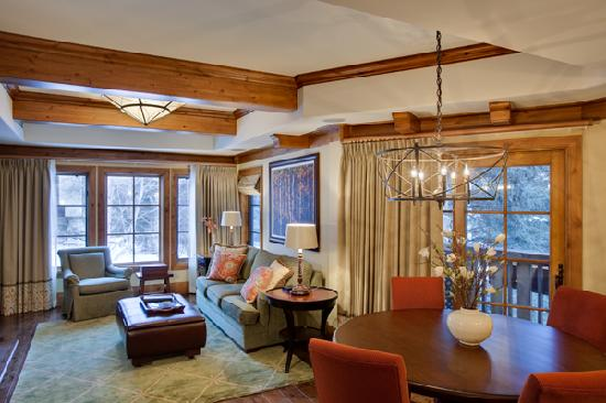 Willows Condominiums at Vail: Living Room