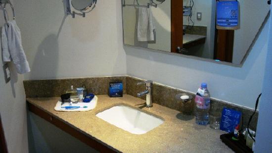 NH Bogota Boheme Royal: Baño