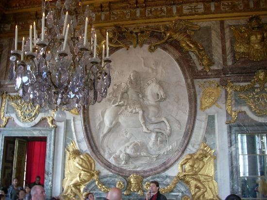 Versailles 39 s salon de la guerre photo de ch teau de - Salon du vin versailles ...