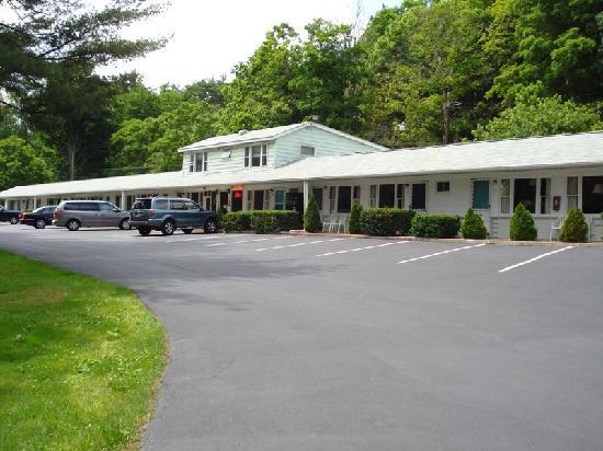 FairBridge Inn Express: Milford Motel