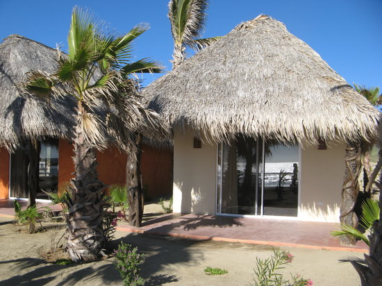 El Pescadero, Mexico: Some of the 1 bedroom / 1 story units.
