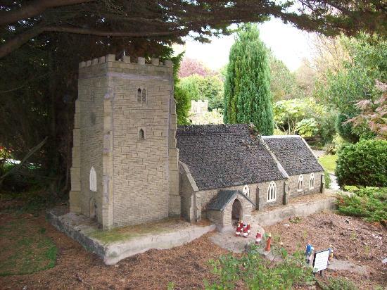 Blackpool Model Village & Gardens: Church