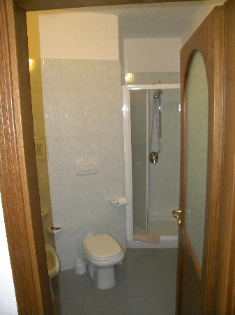 La Rosa Parco Residence : il bagno