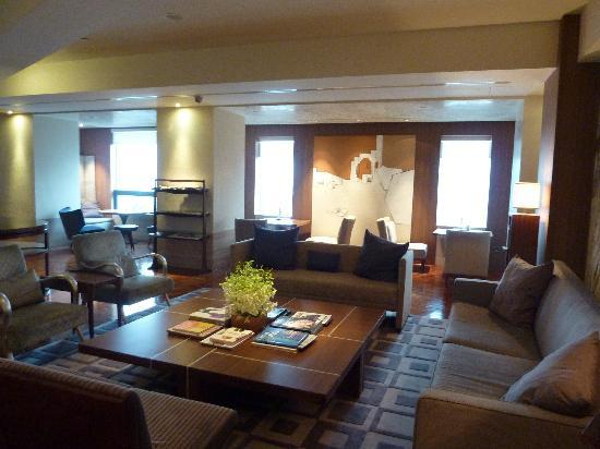 Les Suites Orient, Bund Shanghai : The lounge
