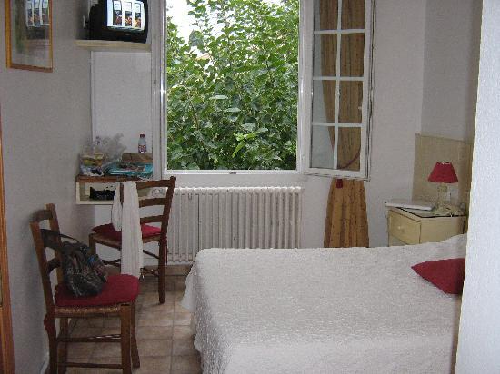 Hôtel Lou Cagnard : la chambre