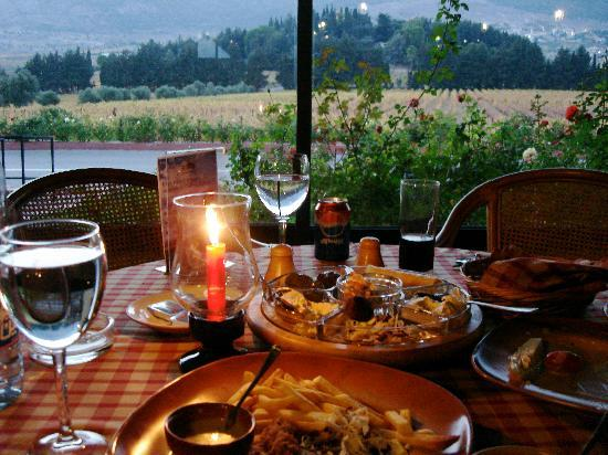 Chateau Kefraya: dinner with gorgeous view