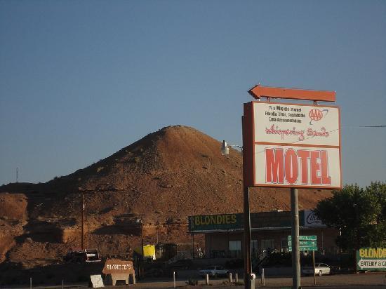 Whispering Sands Motel Hanksville Utah