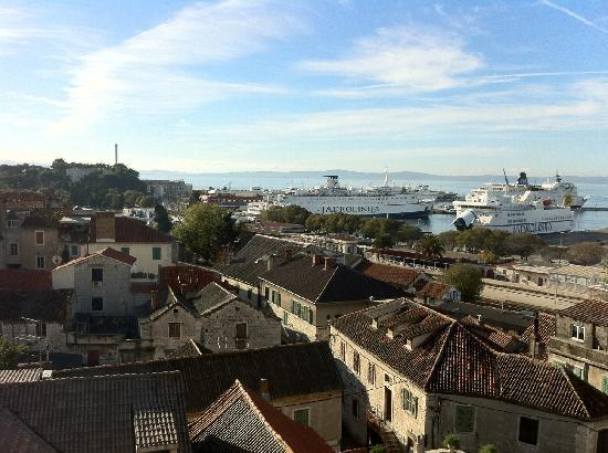 Hotel Luxe: Ausblick aus dem Fenster