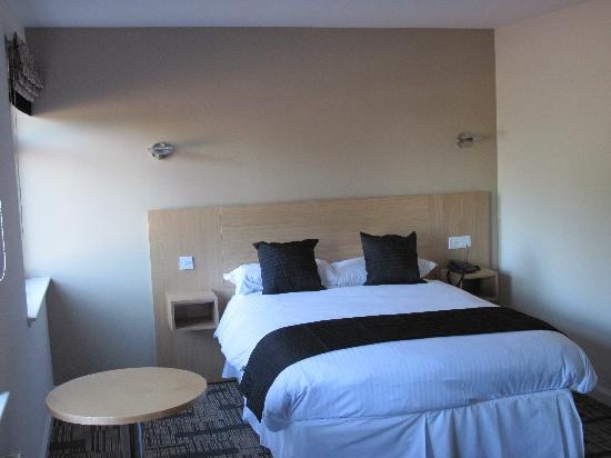 Lairhillock Lodge: Double Room