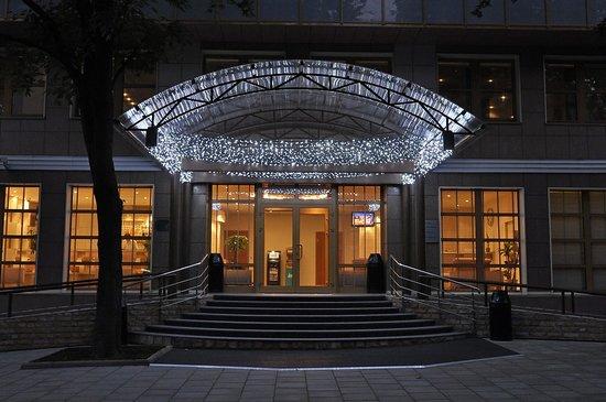 Design Hotel (D'Otel): Exterior view