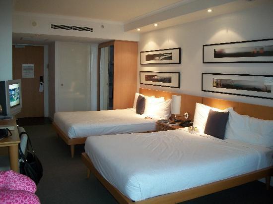 Pelican Waters Golf Resort & Spa: room
