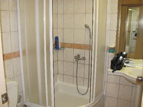 Neues Bad sauberes neues bad picture of hotel side tripadvisor