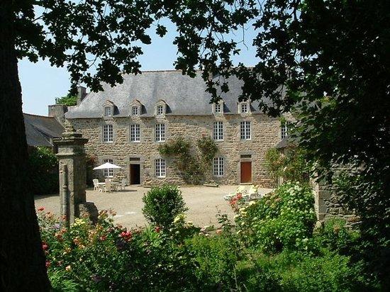Manoir Le Cosquer : The manoir's facade
