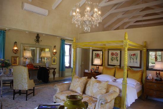La Residence: Room 8