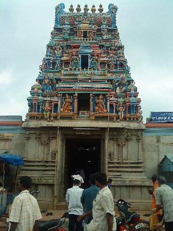 Udhyam Hotel: Koppadaiamman temple,Karaikudi