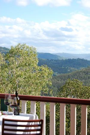 Nunyara Retreat: Dine on your own deck
