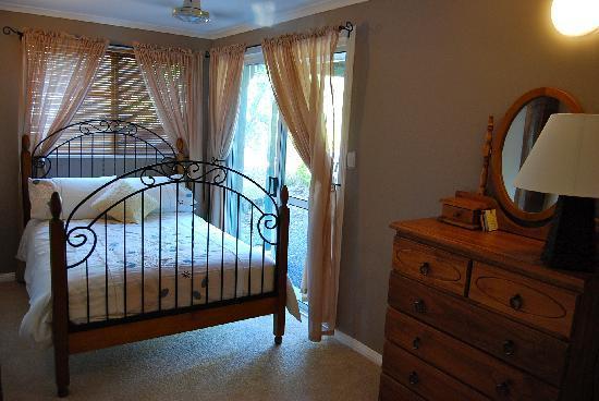 Nunyara Retreat: Bedroom 2