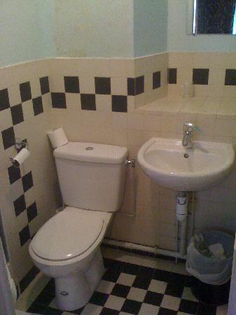 Hotel Eldorado: bagno camera n.15