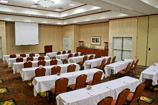 Hilton Garden Inn Bartlesville : 7500 Sq Ft of Banquet Space / Perfect for meetings & many other functions.